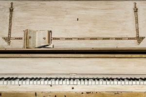 Podstawy nauki gry na fortepianie